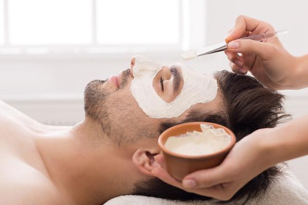 Kosmetische Männerbehandlung