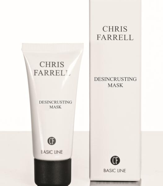 Chris Farrell Desincrusting Mask Haut Couture Osnabrück